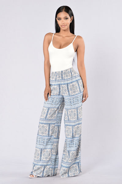 Island Girl Pants - Block Paisley Blue