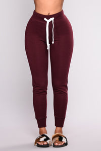 Keep It Simple Jogger - Burgundy