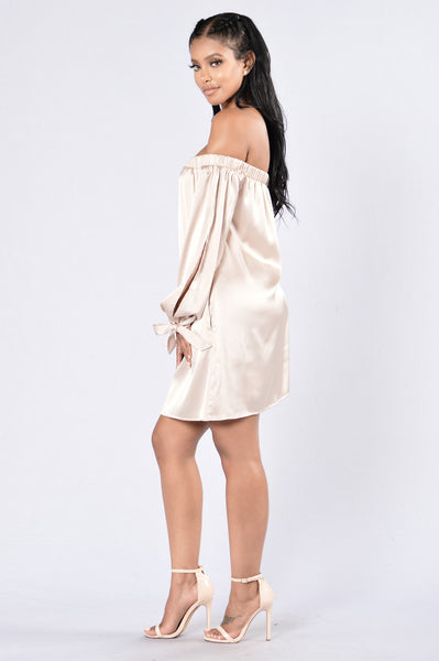Middle Of The Dance Floor Dress - Champagne