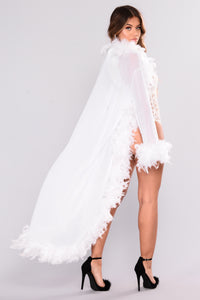 Fluff My Feathers Long Robe - White