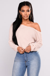 Riley Off Shoulder Sweater - Blush
