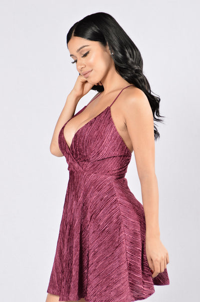 You Melt My Heart Dress - Burgundy