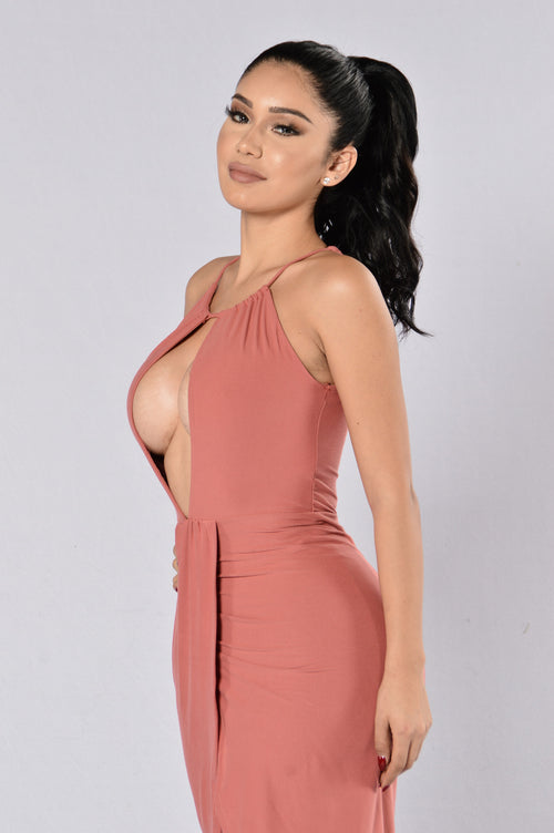 Ready To Kill Dress - Mauve