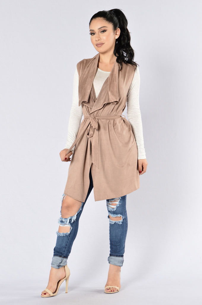Lovely Day Vest - Mocha