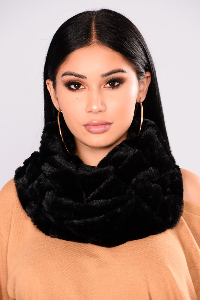 Winter Baby Fur Infinity Scarf - Black