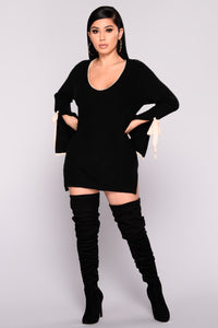 Piazza Bell Sleeve Sweater - Black Angle 1