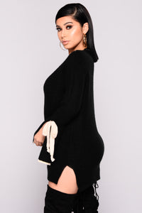 Piazza Bell Sleeve Sweater - Black Angle 3