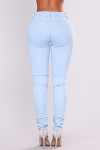 Nice To Know You Skinny Jeans - Light Blue Wash