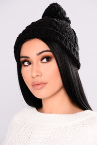 Knit It To Me Beanie - Black Angle 1