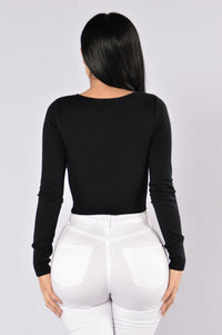 Forever Distracted Top - Black