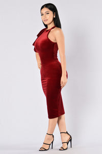 Turn On The Charm Dress - Wine