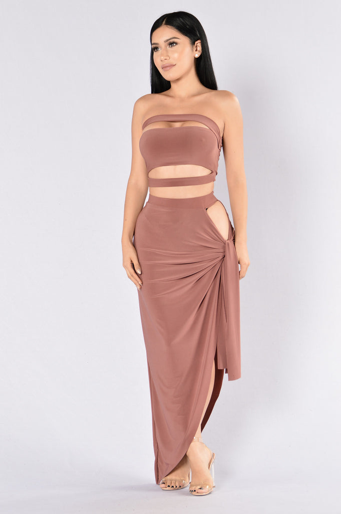 Love Like War Skirt - Mauve