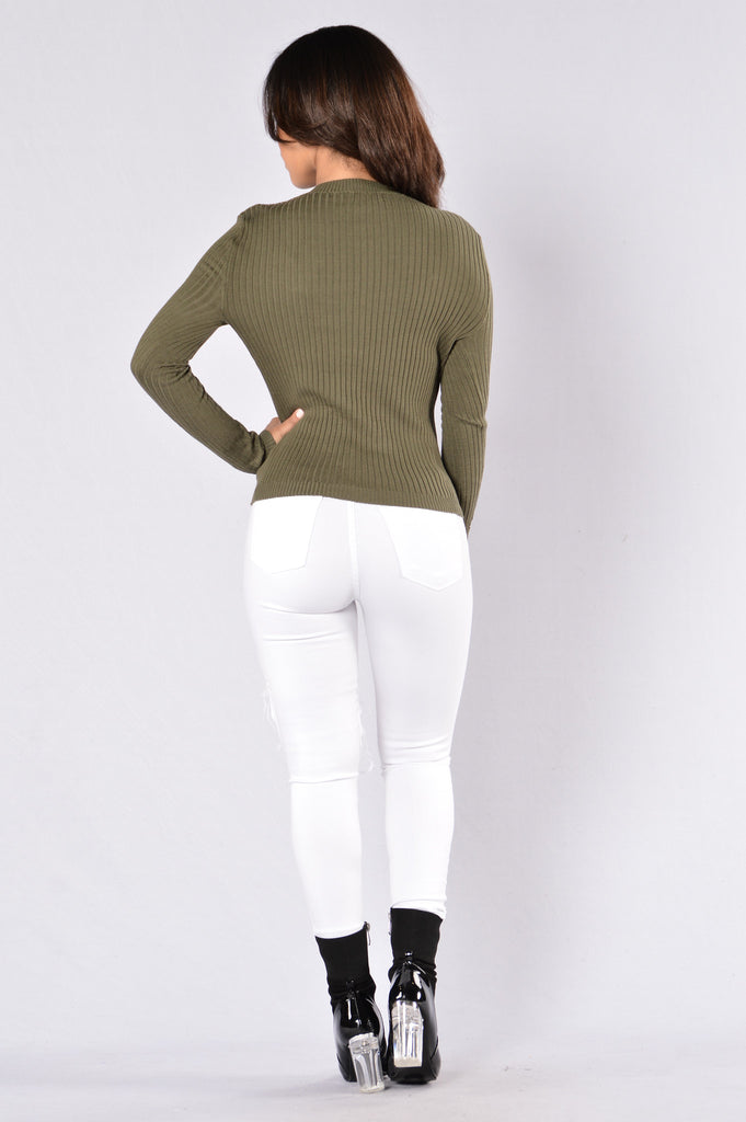 Cuddle Weather Sweater - Olive
