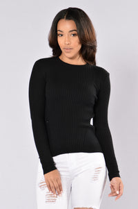 Cuddle Weather Sweater - Black