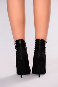 All Strapped In Heel - Black