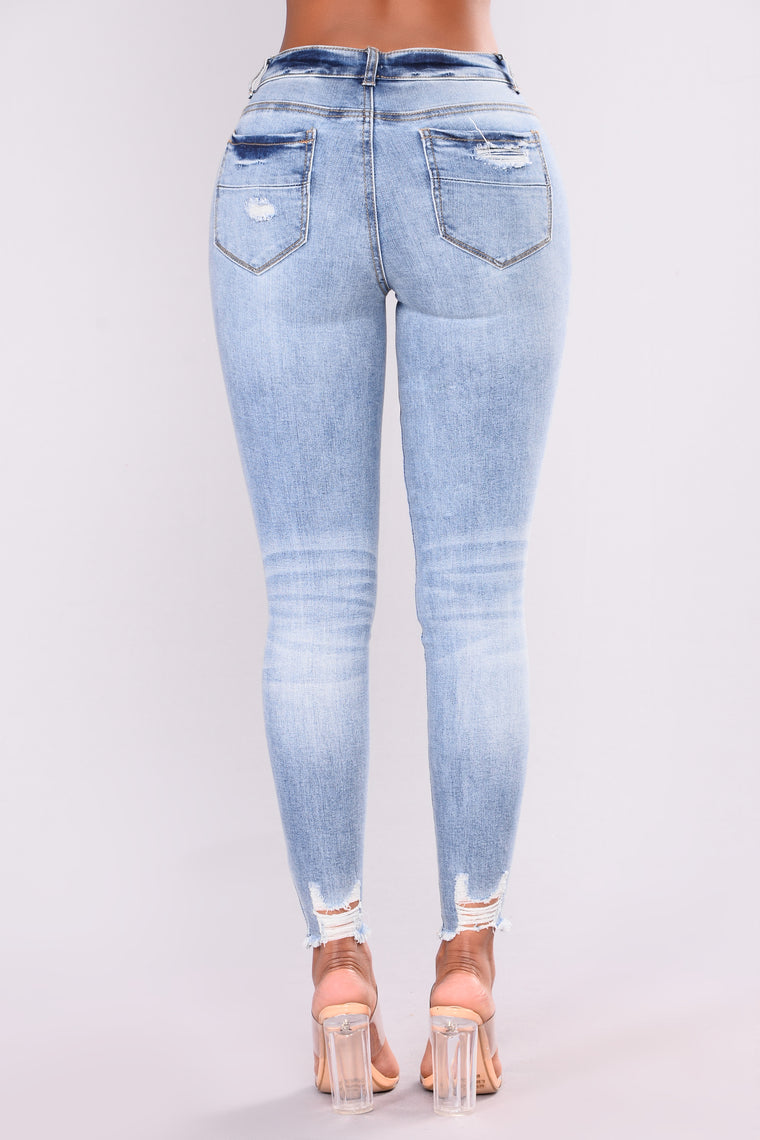 Mind Of My Own Ankle Jeans - Medium Blue Wash