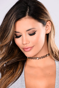 Ayita Choker Set - Multi