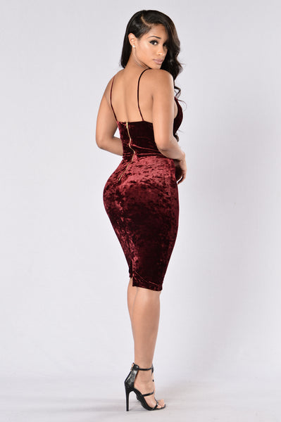 Late To The Party Dress - Burgundy