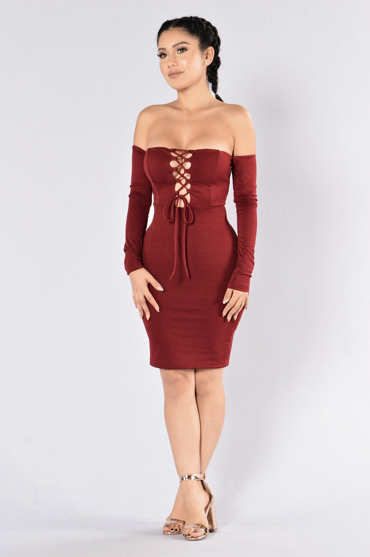 Ignore Me Now Dress - Burgundy