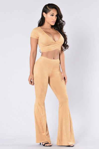 Wavy Lady Set - Tan