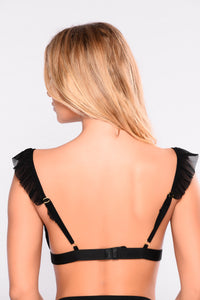 Ruffle Right Bralette - Black