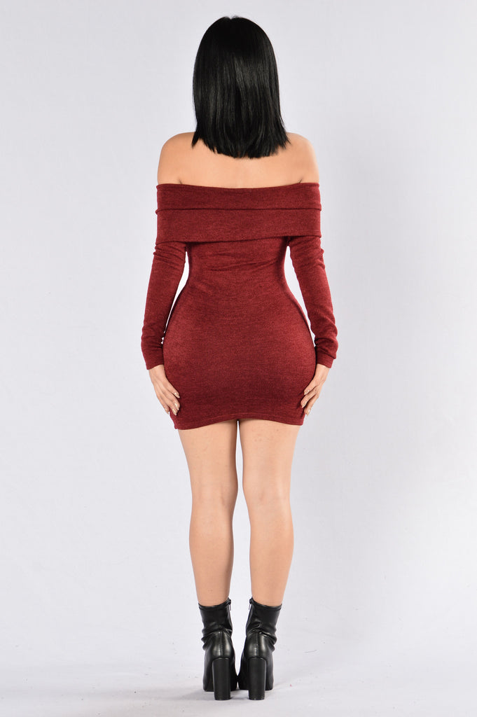 The Getaway Dress - Burgundy