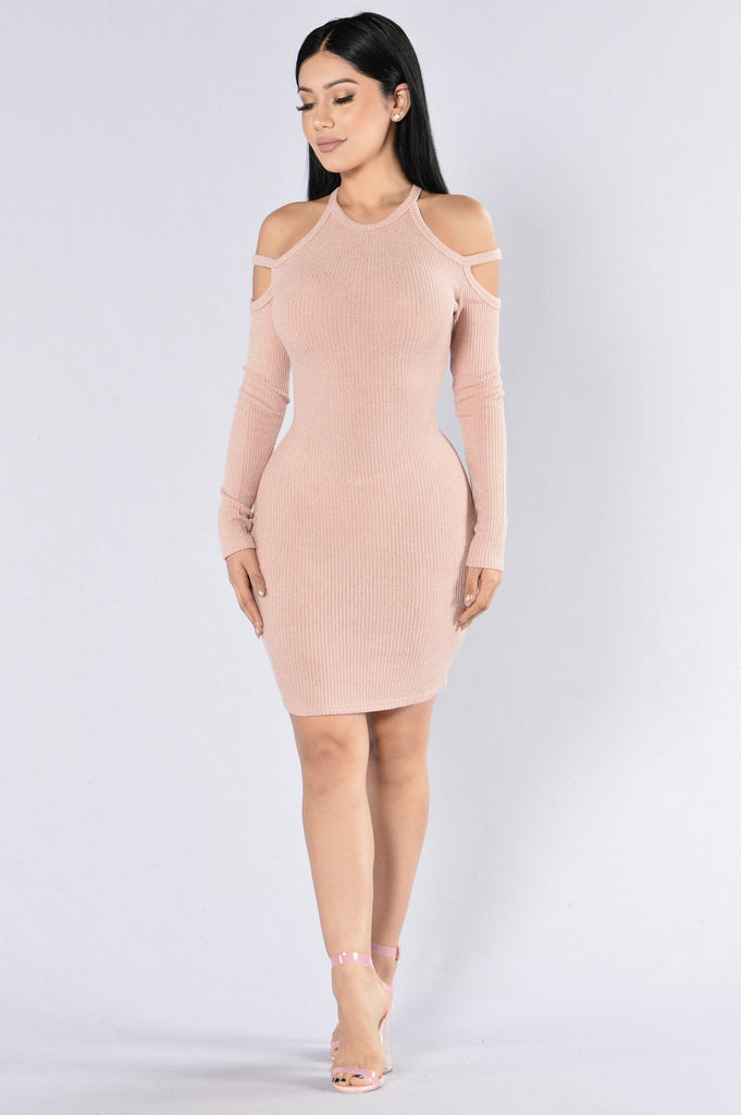 Quicksand Dress - Dusty Pink