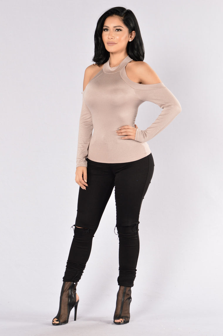 The Sentimental Mood Tee - Taupe