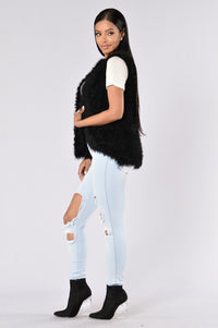 Fall For Me Vest - Black