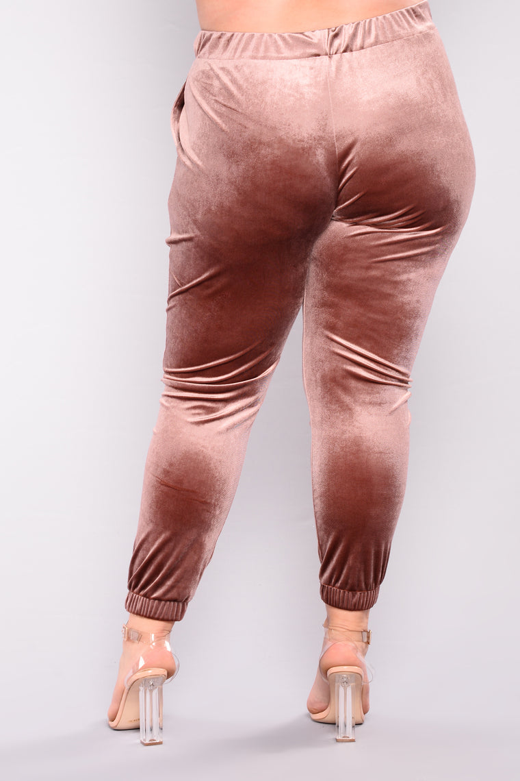 Settle Down Jogger Pants - Pink