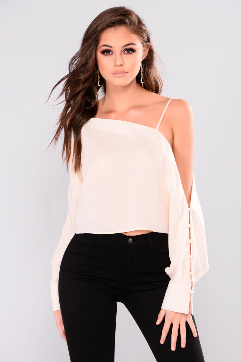 Adela Cold Shoulder Top - Cream