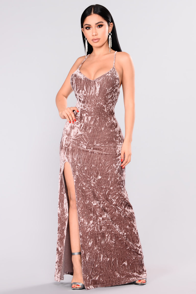 Speech And Toast Velvet Dress - Mauve