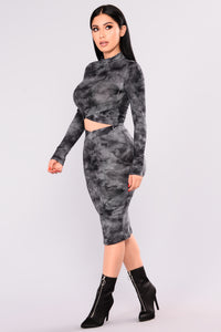Disorderly Skirt Set - Grey Multi
