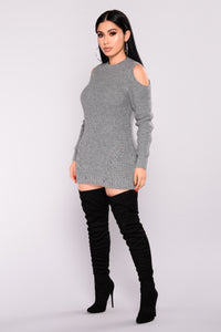Crosstown Cold Shoulder Sweater - Heather Grey
