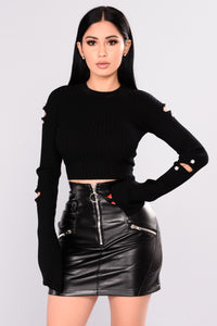 Duchess Vibes Sweater - Black