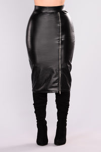 Unzip Me Midi Skirt - Black