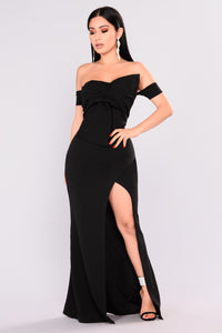 Reception Off Shoulder Dress - Black