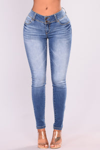 Every Day Skinny Jeans - Medium Blue Wash