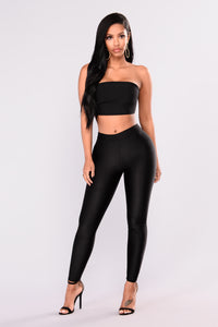 Sleek Fleece Lined Leggings - Black Angle 1