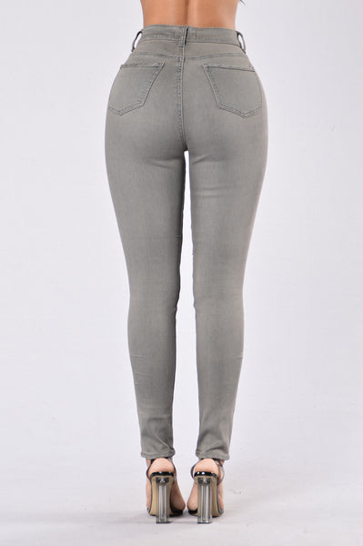 High Rise Prize Pants - Grey