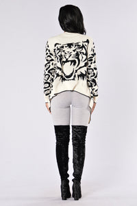 Lion's Den Cardigan - White