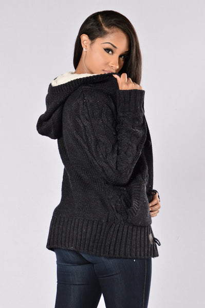 Galway Sweater - Navy