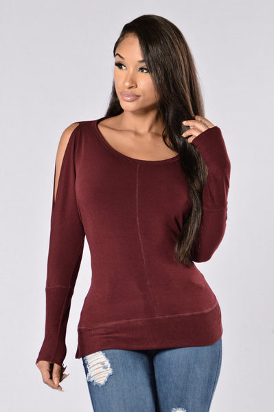 Calvin Top - Burgundy