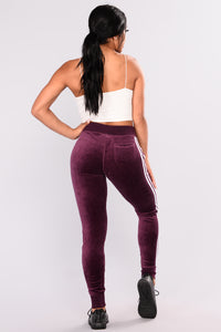 Easy Fit Velour Jogger - Plum