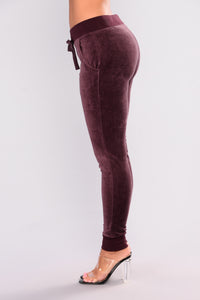 New School Velour Jogger - Vintage Violet