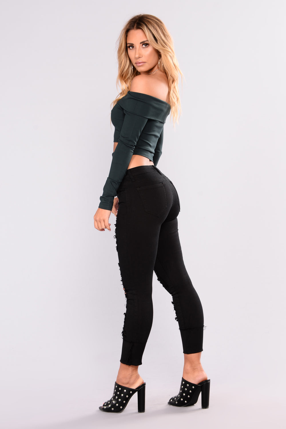 Lover Not A Fighter Ankle Jeans - Black
