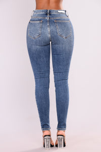 Farzana Skinny Jeans - Medium Blue Wash