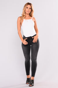 Roxie Ankle Jeans - Grey