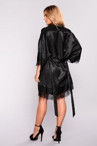 Silky Smooth Robe - Black