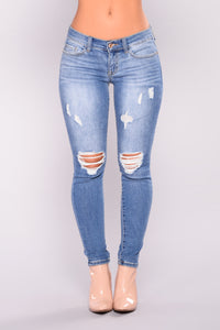 Today Is The Day Low Rise Jeans - Medium Blue Wash